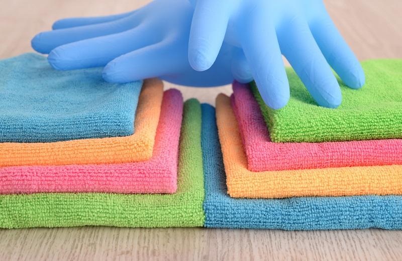 Panni in microfibra per la pulizia della casa